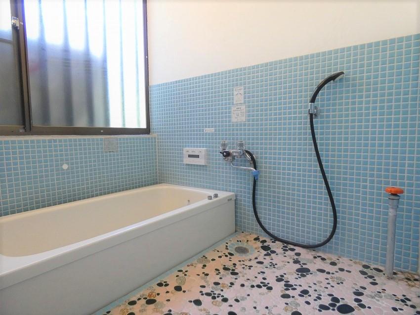 追分文化村浴室